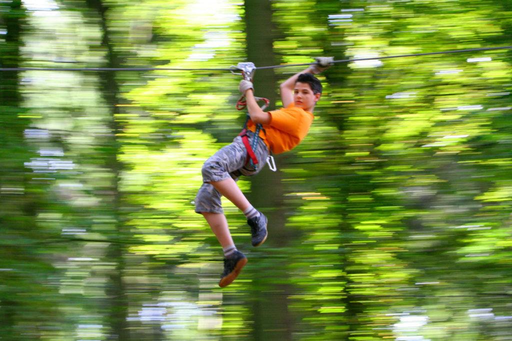 Junge im Kletterwald Viersen Foto Kletterwald Niederrhein-1